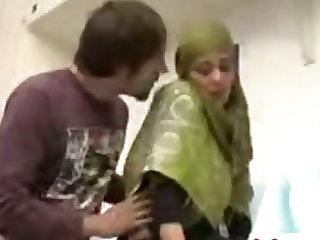 Indian Muslim Girl Fucked in UAE